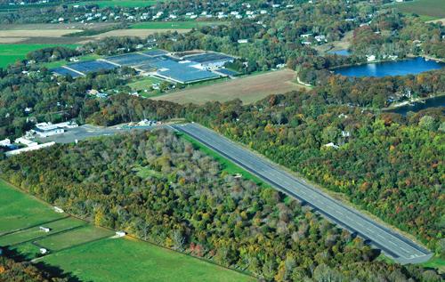 North Fork, Mattituck Airbase, closing airport
