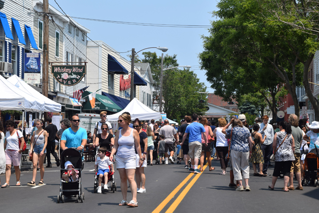 The scene on Front Street Sunday. (Credit: Vera Chinese)