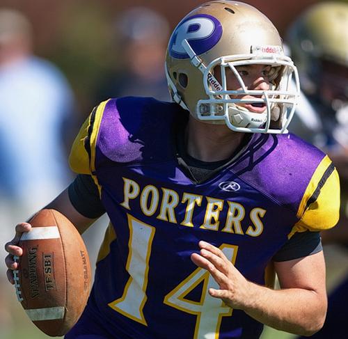 Greenport/Southold/Mattituck quarterback Matt Drinkwater looking for an open receiver. (Credit: Garret Meade)