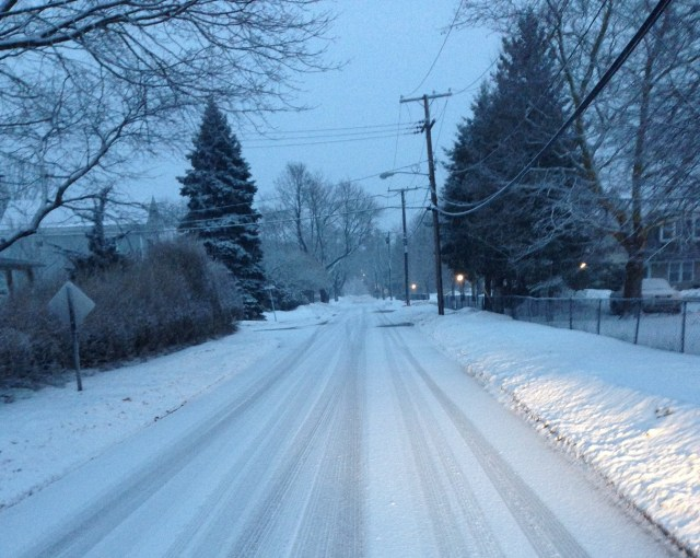 Ninth Street in Greenport was blanketed in snow around 6 a.m. Thursday morning. (Credit: Jason Zaweski)