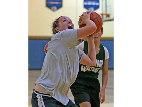 Katie Tuthill, who sat out last season after suffering a concussion, played her first basketball game since February of 2014 on Monday evening. (Credit: Daniel De Mato)