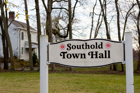 Southold_Town_Hall_Sign4151