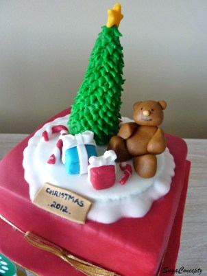 Teddy bear Christmas and presents cake
