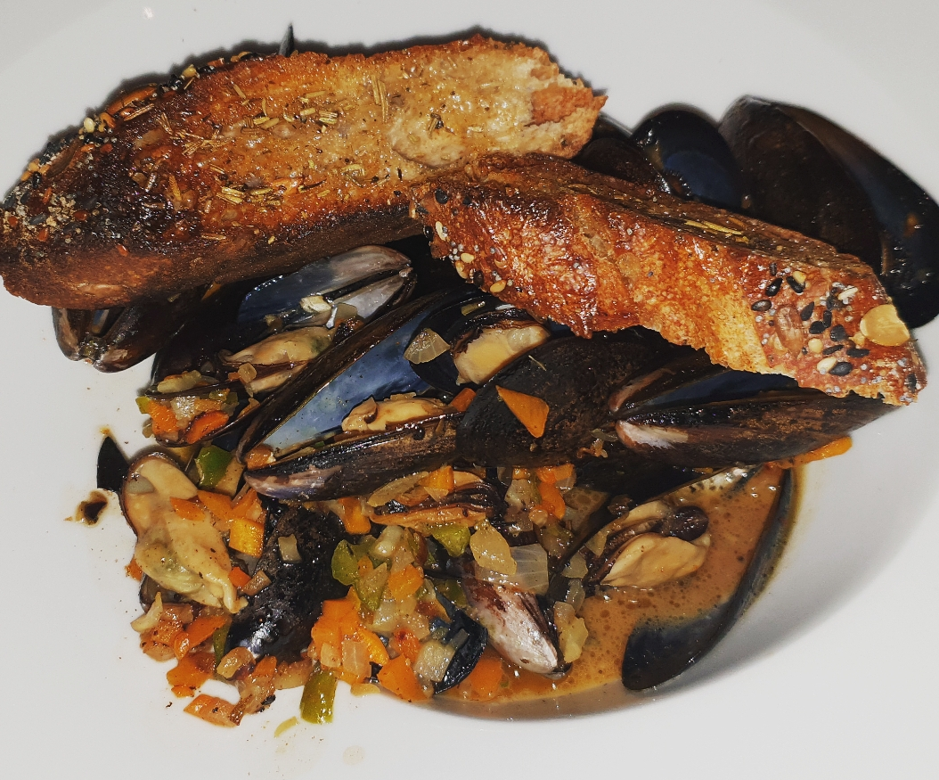 Spicy Rosemary Mussels - $JMD
