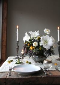 Beautiful Table Settings for Christmas - Sugar and Charm ...