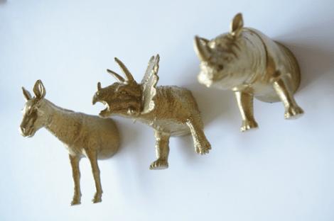 DIY plastic animal magnets