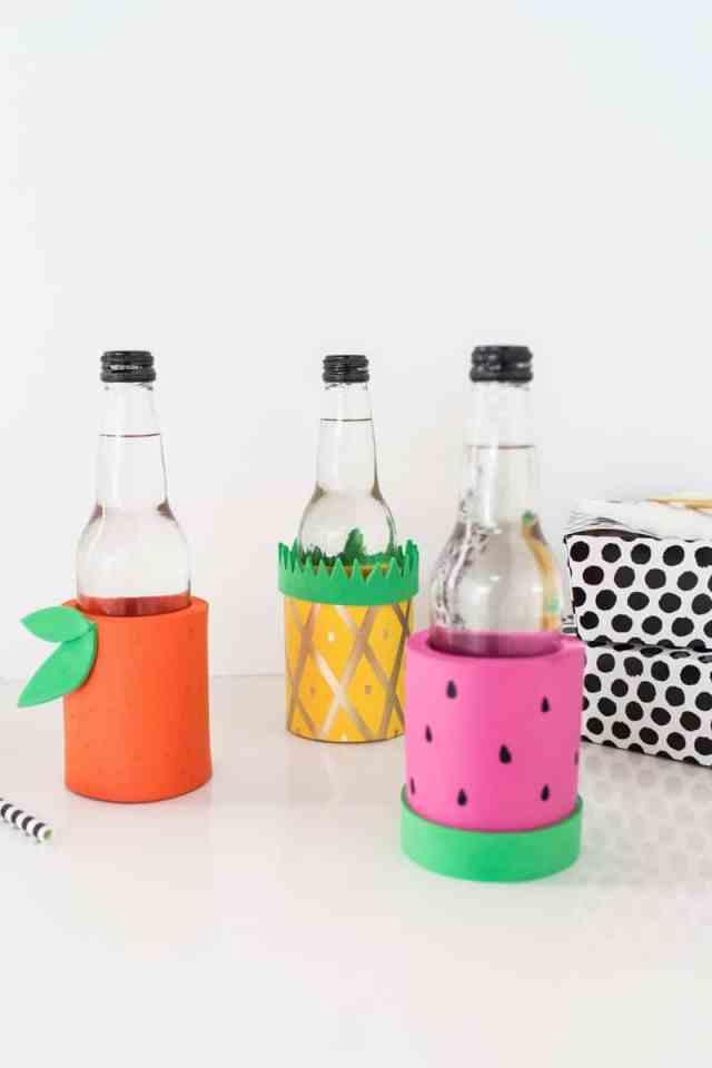 DIY fruit koozies | sugarandcloth.com