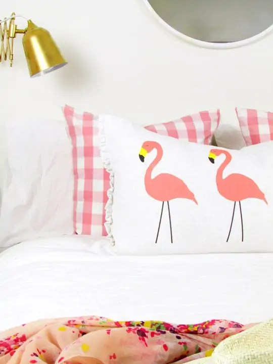 DIY no-sew flamingo lumbar pillow - Sugar & Cloth
