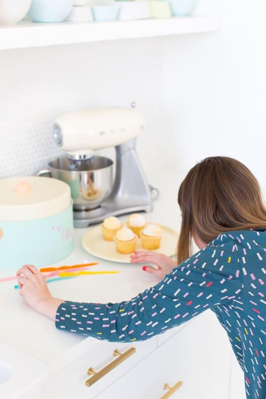 behind the scenes of Sugar & Cloth - retro cake stand DIY