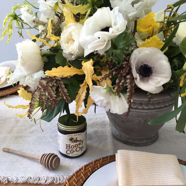 spring easter table shoot - sugar and cloth