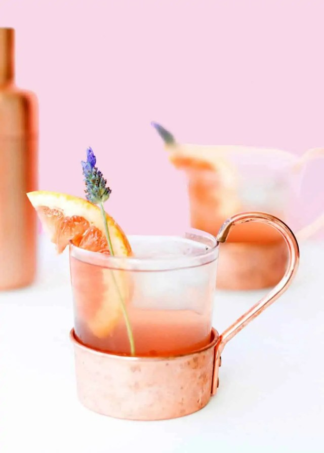 A simple and refreshing lavender grapefruit cocktail for your next happy hour! - sugar and cloth - pretty cocktail