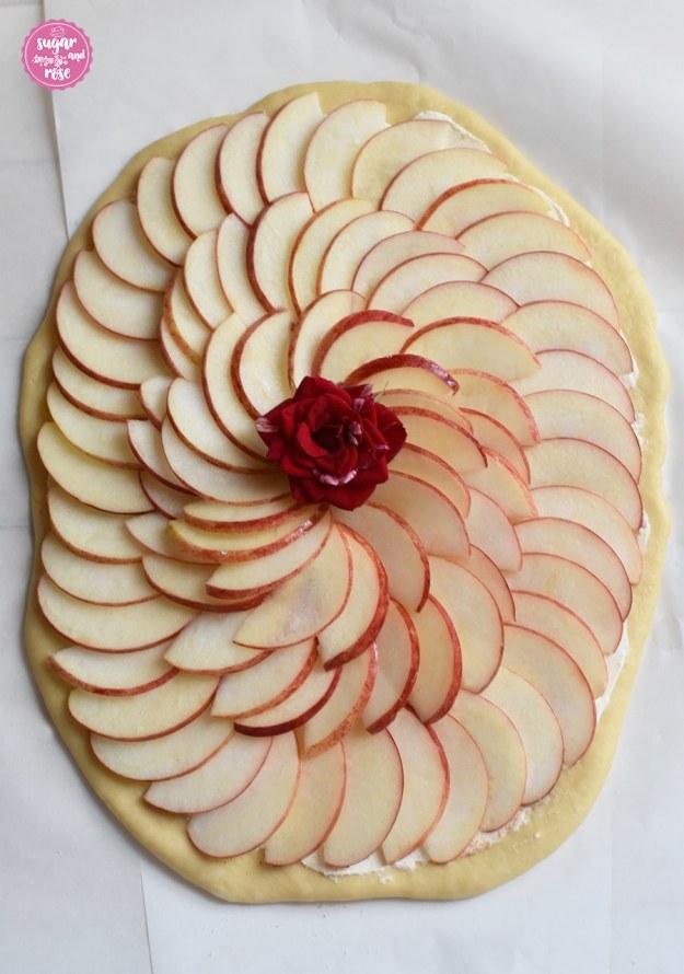 Apfel-Pizza-roh1