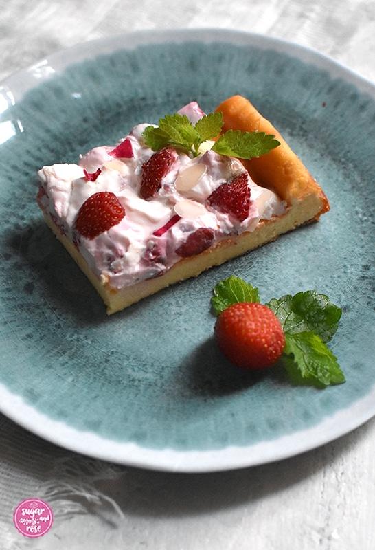 Topfenkuchen mit Skyr und Erdbeeren, erfrischende Erdbeerrezepte
