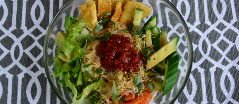 Vermicelli and Tofu Bowl