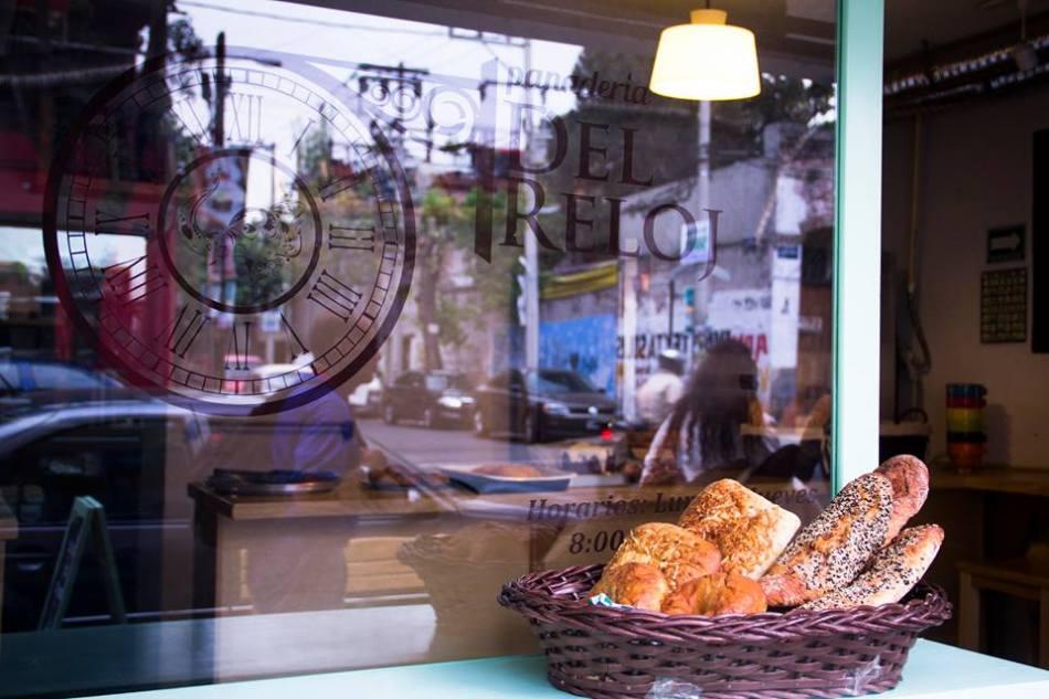 panaderia-del-reloj