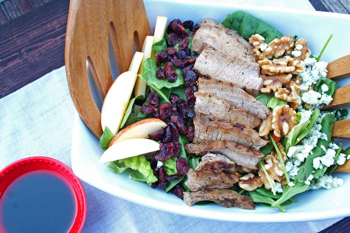 Gorgonzola Apple Steak Salad