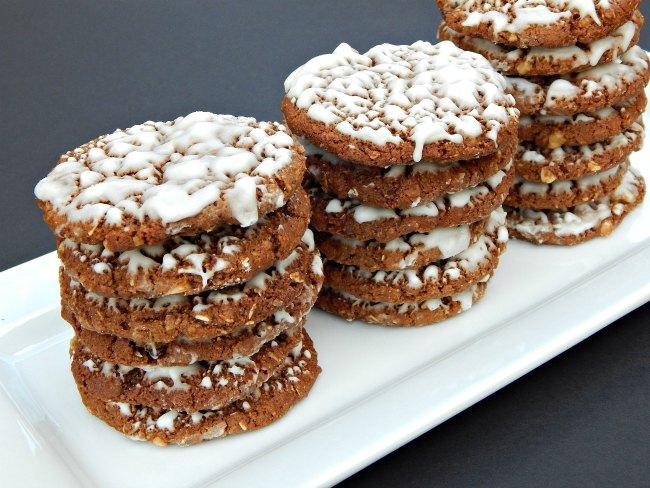 Narrow Tray of Iced Oatmeal Cookies on www.sugarbananas.com