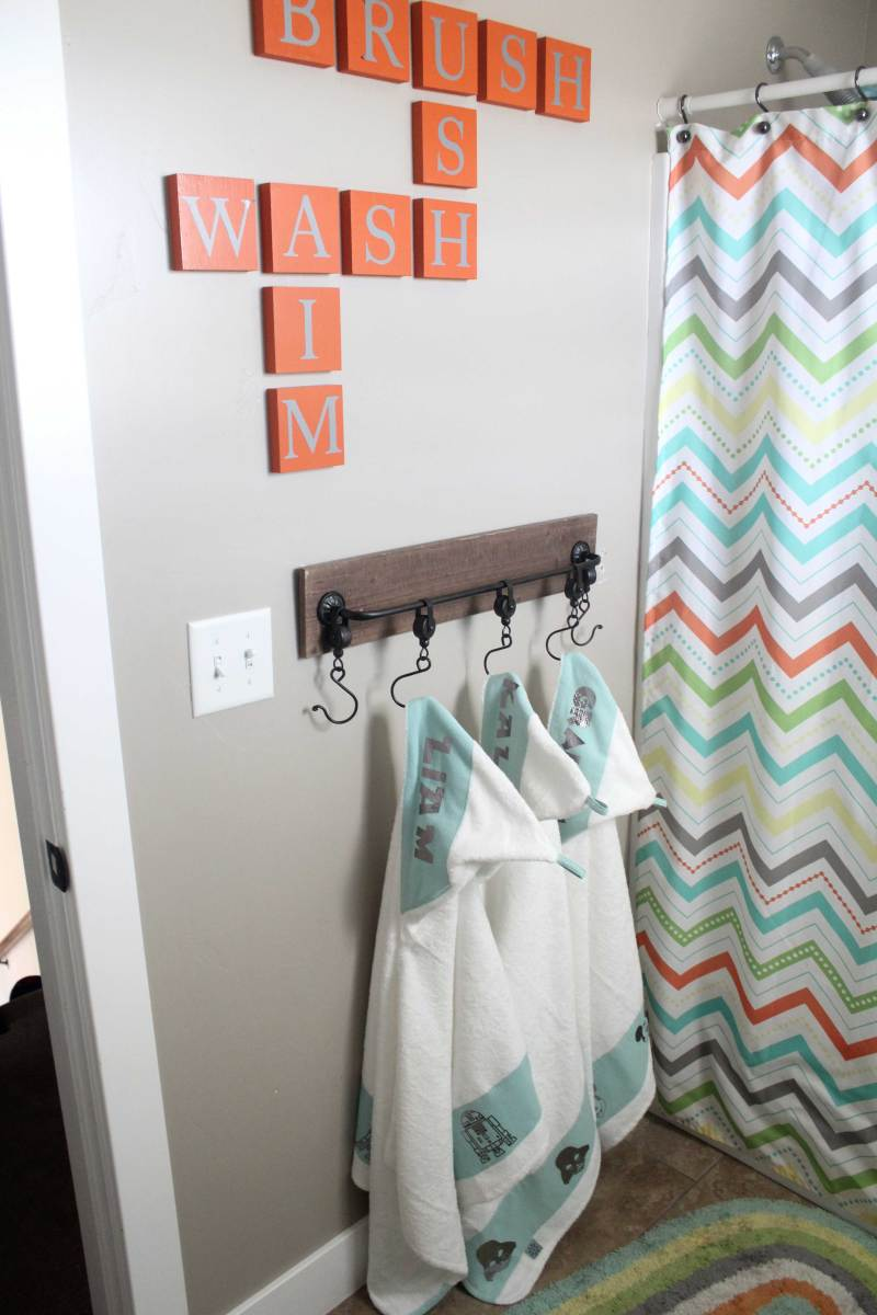 I made these darling hooded towels using the Cricut easy Press and Cricut Iron On! Get the full tutorial on How to make these custom towels. These would make great personalized gifts.