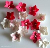 DIY: How to make a gum paste or fondant petunia - Karen's ...