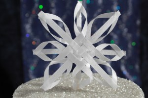 Snowflake topper close