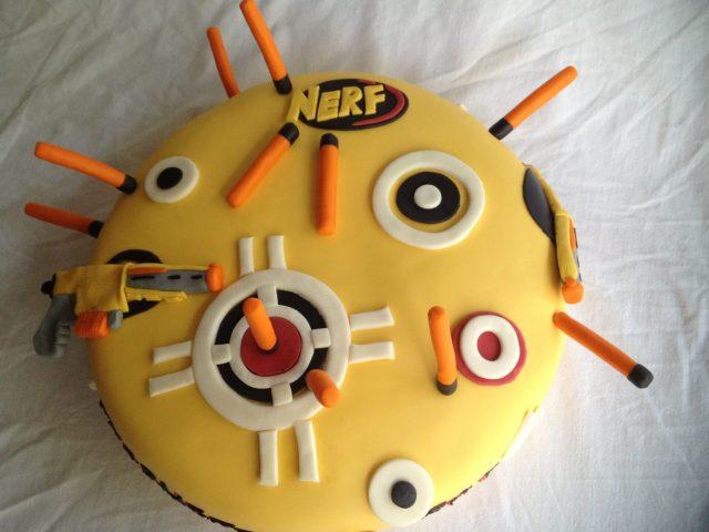 nerf fondant cake darts