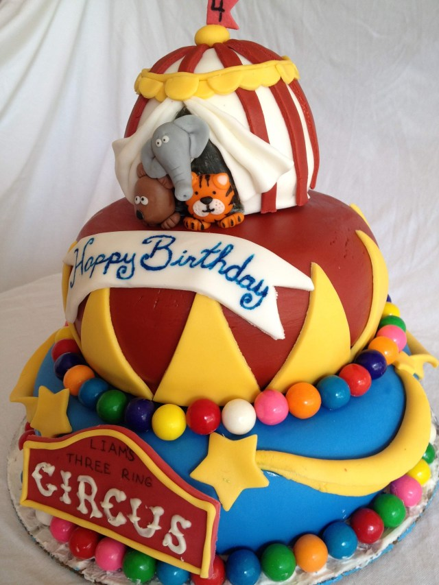 circus cake side