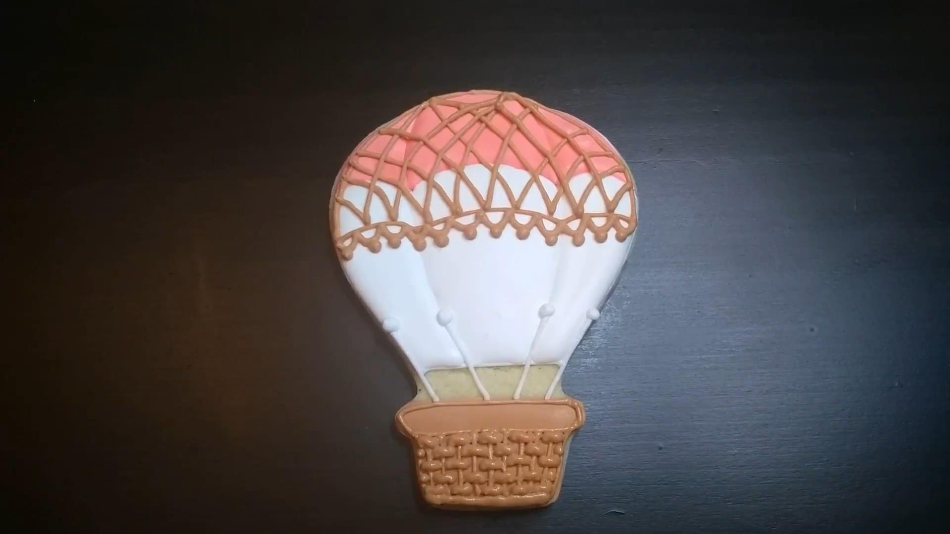hot air balloon cookie pink