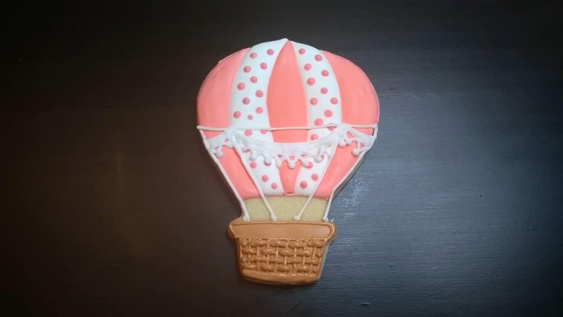 hot air balloon cookie pink polka dot