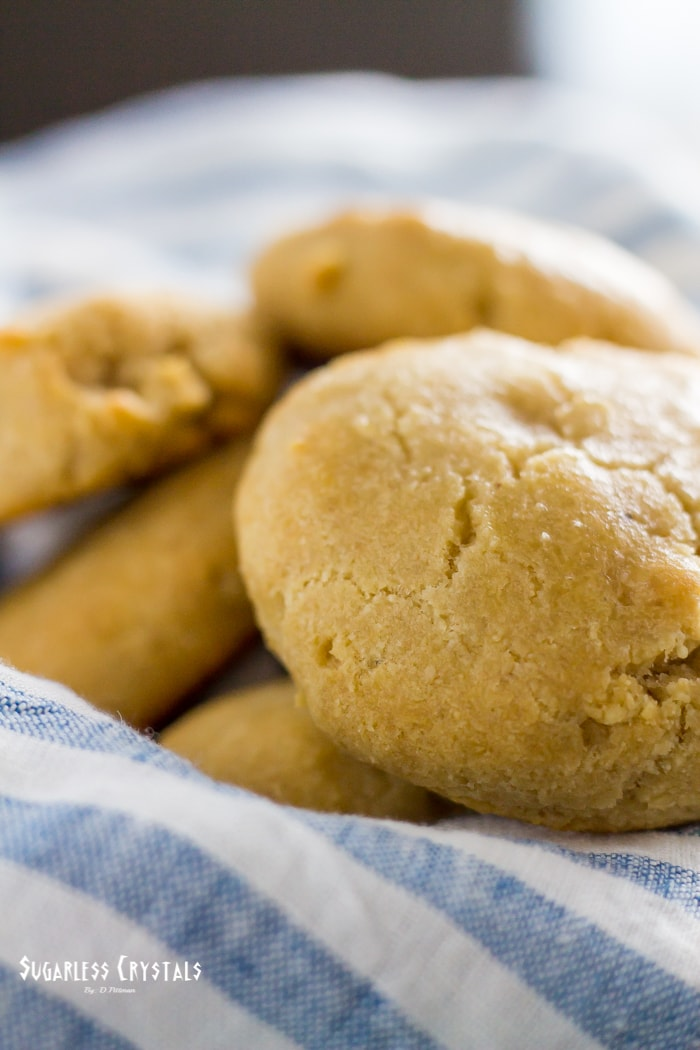 Soft & Fluffy Keto Biscuits (Low Carb, Grain Free)
