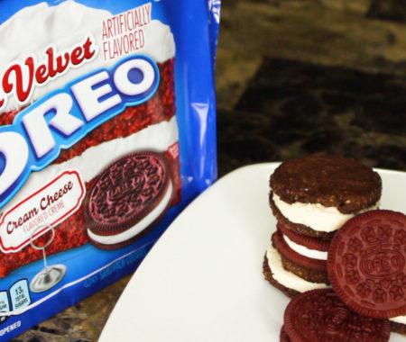Low carb red velvet Oreo cookies