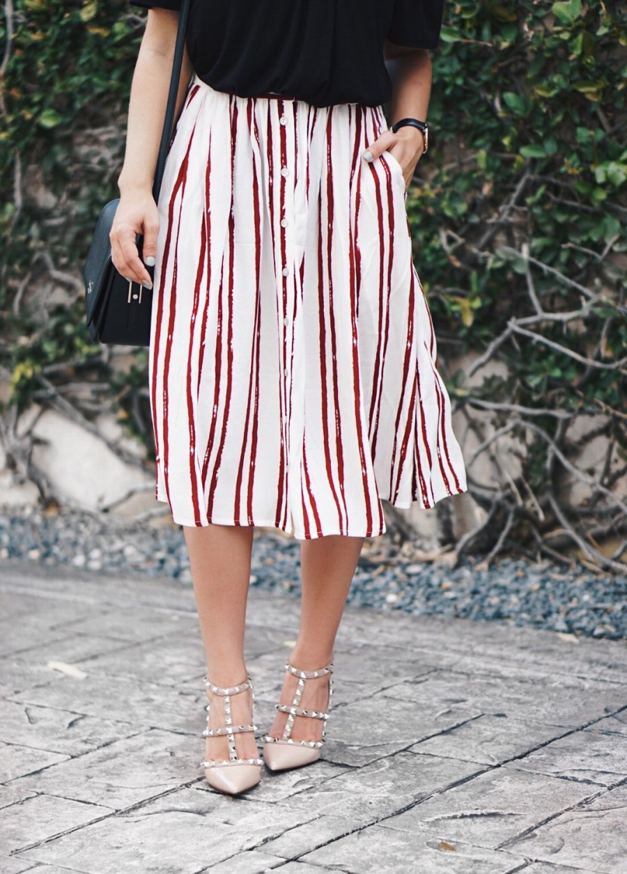 A Midi Stripe Skirt Outfit That's Easy To Put Together
