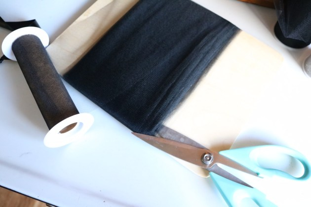 DIY Tutu Tutorial Supplies Cutting Tulle Trick