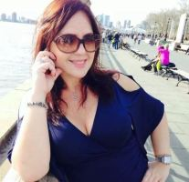 Chat With Rich Sugar Mummy, She Is Ready To Spend On You