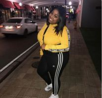 Rich Sugar Mummy In Soweto, South Africa Is Online – Dropped Her Number HERE