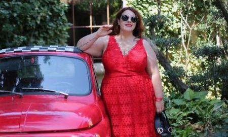 Rich Sugar Mummy Doris In USA Ready To Pay YOU