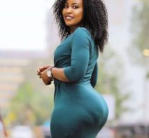 Rich And Beautiful Sugar Mummy In Canada Wants You – Accept Now