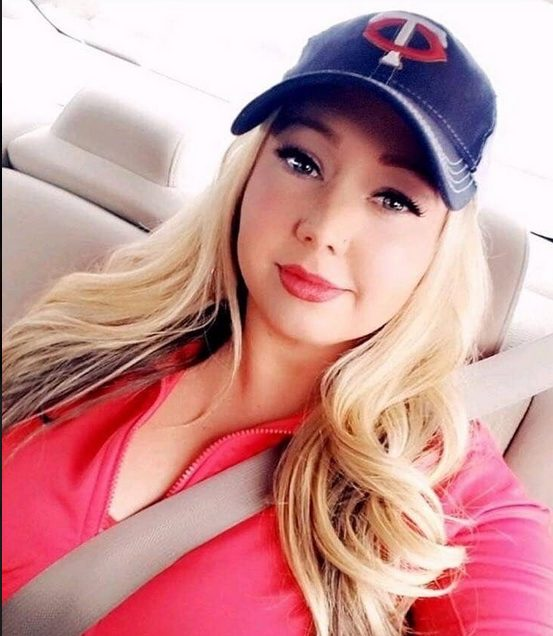 Rich Sugar Mummy In USA Ready To Spend Heavily On You