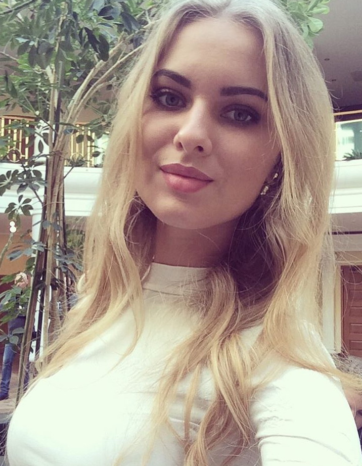 New Sugar Momma From Dubai, United Arab Emirates Is Waiting For Your Details