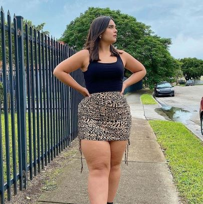 Rich Sugar Mommy In USA Seeking A Young Handsome Man