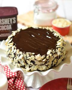 Hey guys! The BEST EVER CHOCOLATE CAKE is on thehellip