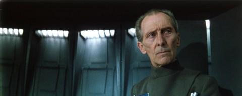 Star Wars, la resurrezione digitale di Peter Cushing è illegale?