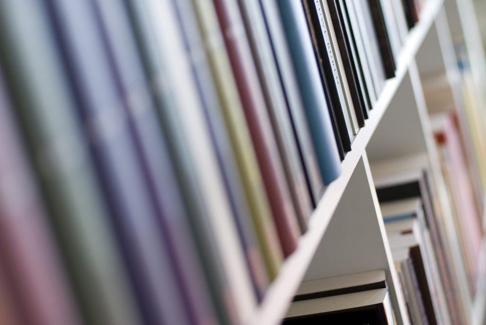 Le 10 città italiane in cui si comprano più libri, la nuova classifica di Amazon