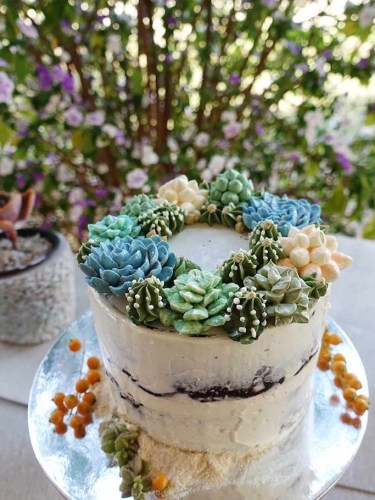 Buttercream Succulents Cake
