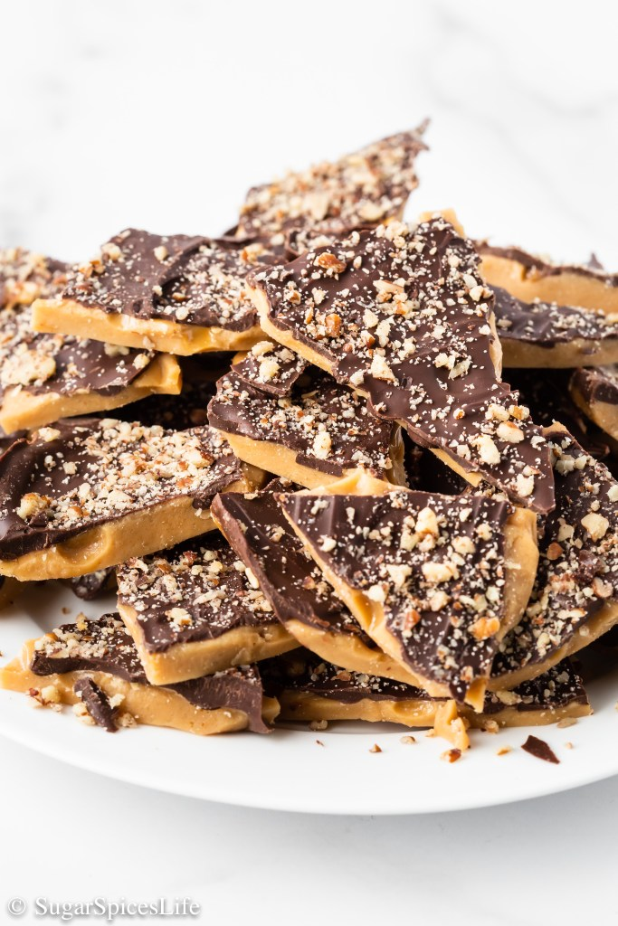 Caramelized sugar topped with chocolate and chopped pecans. This Easy Toffee is an addictively tasty candy!
