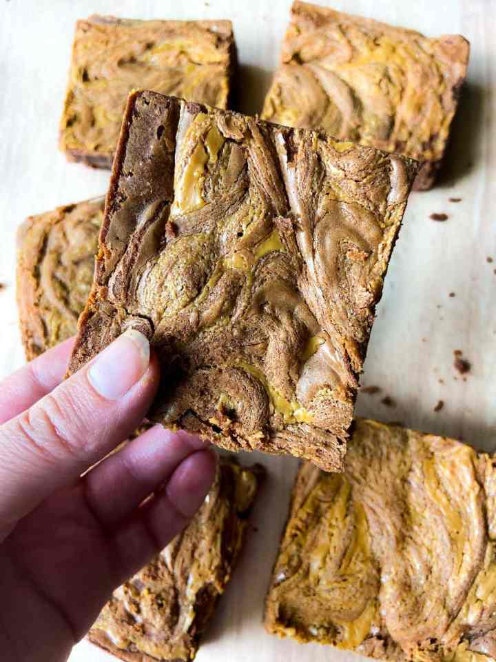 Peanut Butter Swirl Brownies - easy brownie recipes