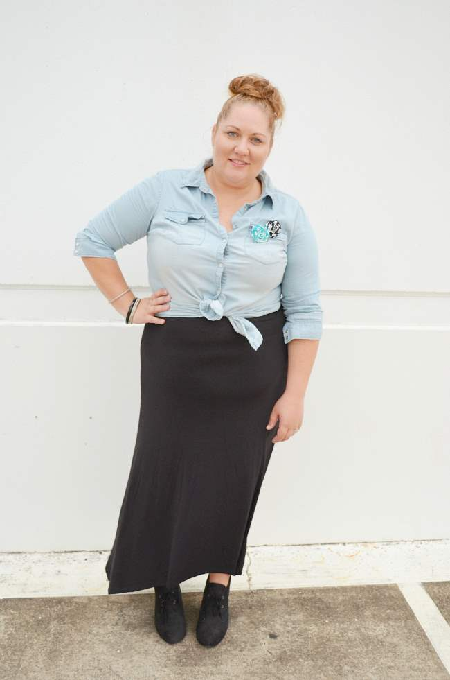 plus size chambray shirt with black maxi 003