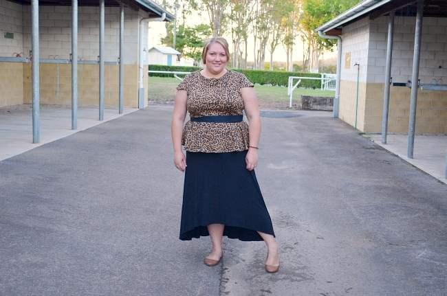 plus size peplum top, maxi skirt outfit 002