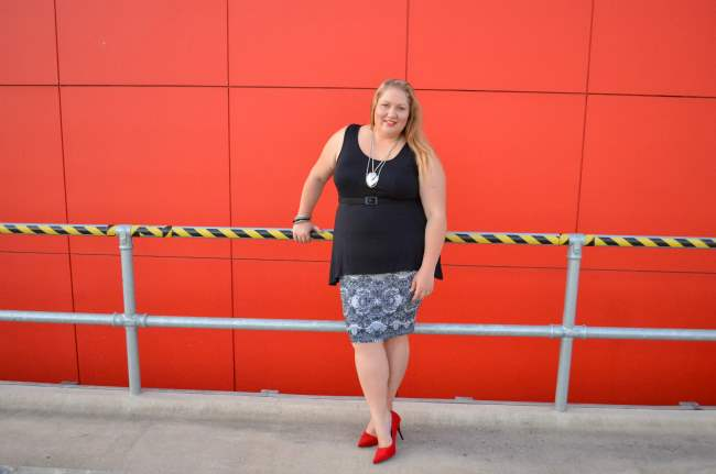 plus size valentines day outfit 004