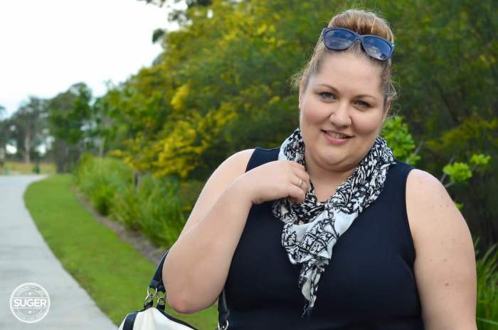 MODA by Target casual plus size monochrome outfit-7