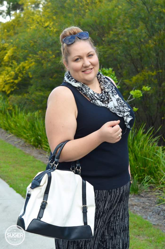 MODA by Target casual plus size monochrome outfit-9